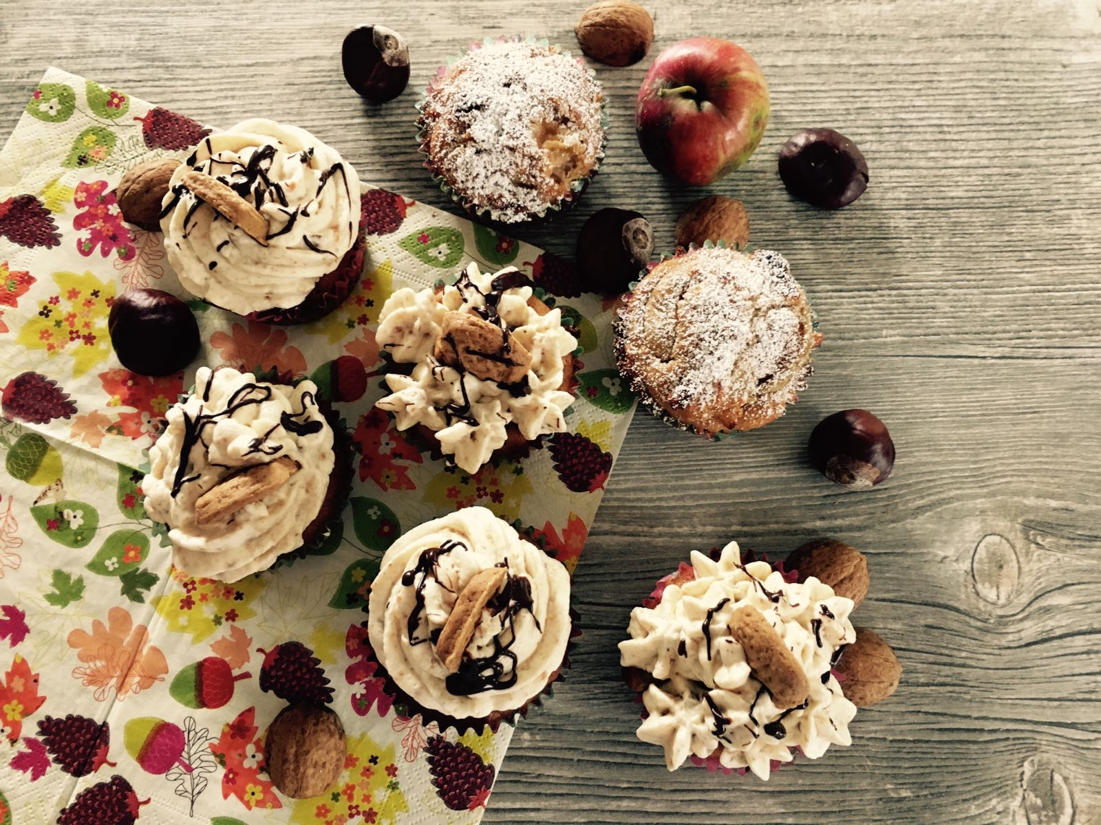 Bratapfelcupcakes mit Ras el-Hanout Frosting